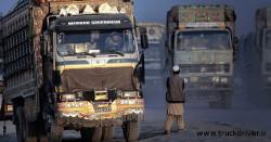 کامیون بنز در افغانستان