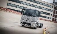 نخستین کامیون برقی جهان بنز انتوس